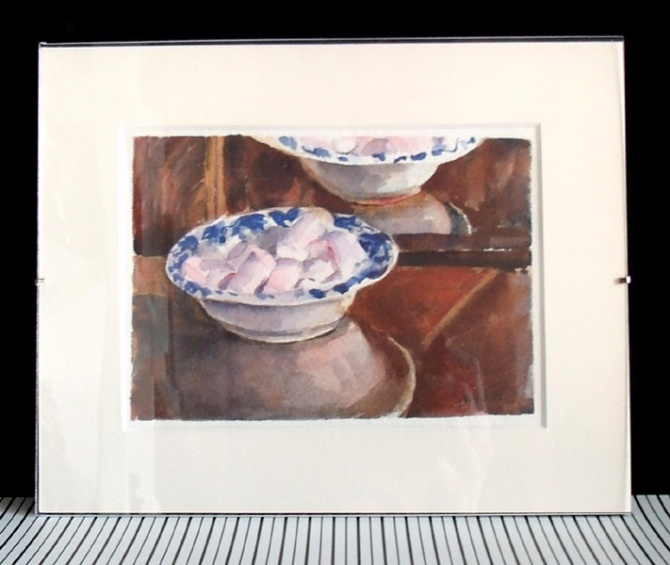 pink-marshmellows-in-ceramic-dish-2015
