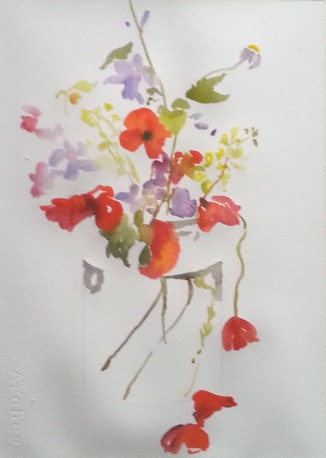 I don't pencil in the shapes of the flowers, I paint them directly with  a brush, so that they don't look hard and cut out.