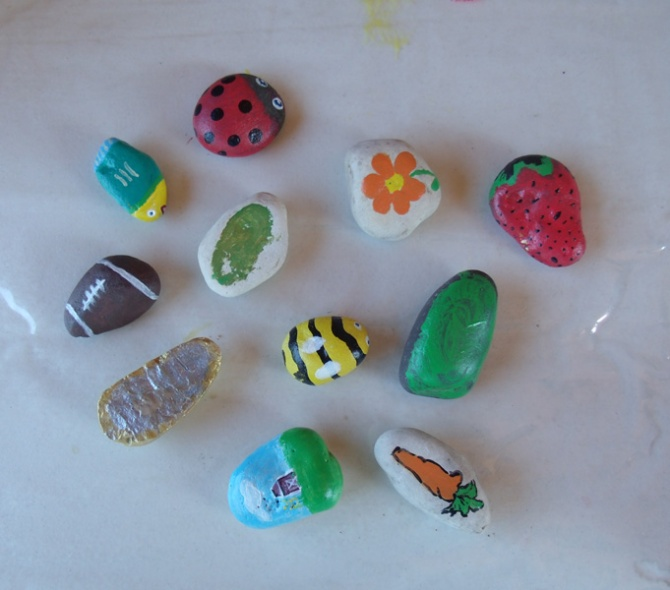 painted-stones-2012